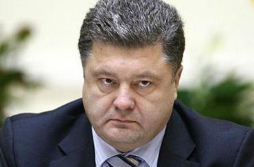Лидирующую позицию удерживает Петр Порошенко с более 40% голосов