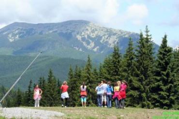 Молодежь предпочитает турбазы и молодежные лагеря Закарпатья