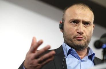 Ярош: Безвизовый режим – это фейк, который ничего не даст украинцам