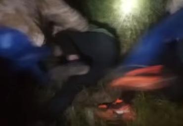 Видео нападения фашиствующих ублюдков на группу венгров