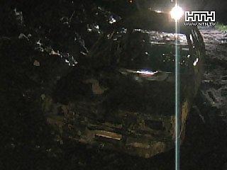 Водитель «Таврии» сбежал с места происшествия и сжег легковушку