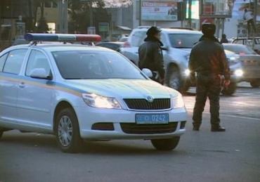 Таможня и ГАИ проверяют в Закарпатье иностранные машины