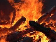 В Ясиня сгорела хозяйственное здание