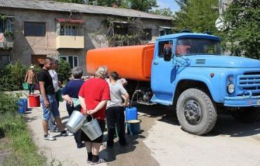 В связи с наводнением в городе Чоп решено бесплатно развозить воду