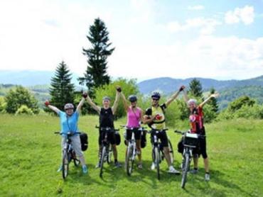 А в Карпаты дети будут ездить только на своих велосипедах