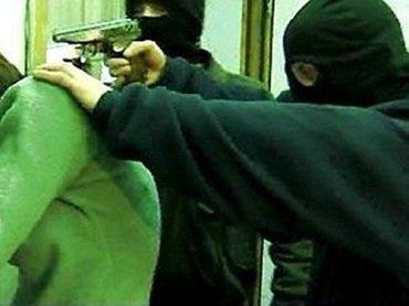 Неизвестные в камуфляже напали на бизнесмена в Закарпатье