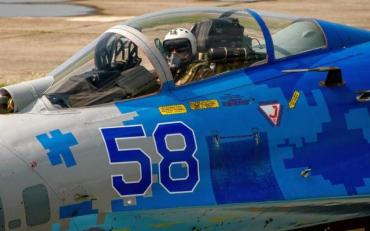 Українські льотчики заінтригували видовищною програмою в Польщі