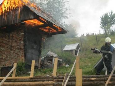 Из-за неосторожности закарпатца едва не сгорела вся коптилка