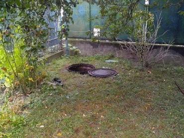 В Виноградове в канализационной яме обнаружили труп женщины