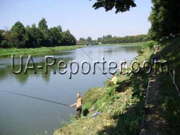 В Ужгороді в рибальському конкурсі взяли участь 30 рибалок