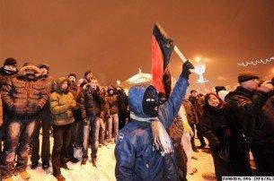 Оппозиция пытается ворваться в дом правительства Белоруссии