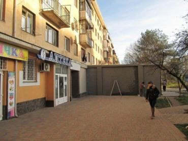 Кто дал разрешение на застройку сквера в Ужгороде – тайна, покрытая годами