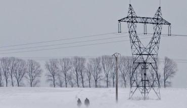 Во Францию пришла настоящая зима со снегопадом и гололедом