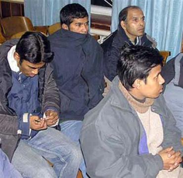 Пограничники Закарпатья сняли с рейсового автобуса 4 афганцев