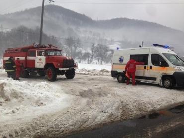 Спасатели помогли медикам сохранить жизнь больному