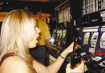 Налетчики среди ночи грабили залы игровых автоматов
