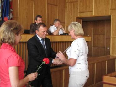 Віктор Погорєлов вручив грамоти і подяки міської ради