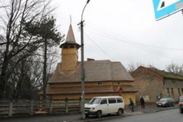 В Ужгороде на кладбище по ул.Победы освятили новую церковь