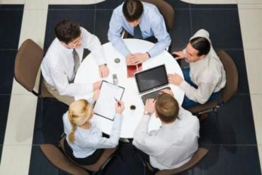 Денис Ман инициировал проведение круглых столов по децентрализации власти