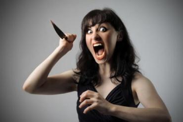 В Виноградовском районе жена кухонным ножом ранила мужа