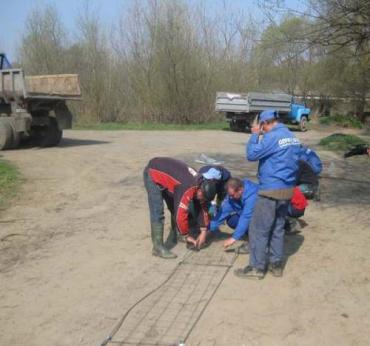 Закарпатский облводхоз установил на реках боны и спец. сетки