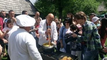 Високогірне село Колочава приймало гостей на фестивалі ріплянки