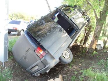 В ДТП микроавтобуса под Симферополем пострадали 6 человек