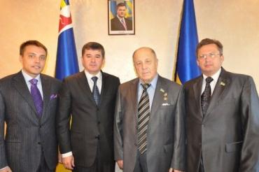 Ивану Балоге вручили грамоту и отличие Союза юристов Украины