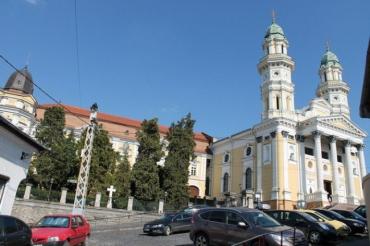 Ужгородский кафедральный собор пока еще в стадии реставрации и реконструкции
