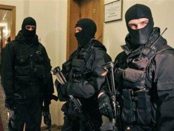 На Закарпатті нардеп поскаржився на вторгнення міліції в його житло