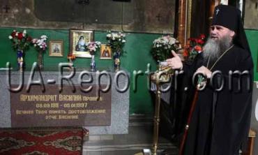Владика Феодор розповів про чудотворні ікони та мощі монастиря