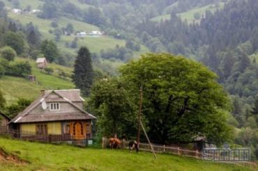 Многие туристы, посетив Карпаты, спешат покорить Говерлу