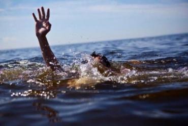 На Мукачівщині у колишньому кар'єрі потонув чоловік