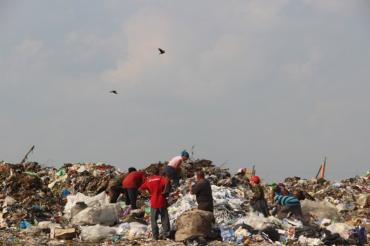 Обласному центру Закарпаття загрожує сміттєвий колапс