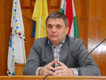 Голова Берегівської РДА Іштван Петрушка.