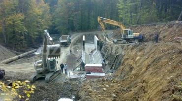 Громада Хустщини повстала проти будівництва малих ГЕС