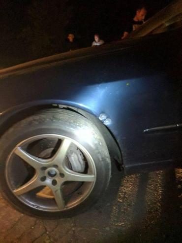 В авто Олега Ярошевича стріляли з гуми