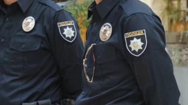 Берегівські поліцейські розкрили крадіжку алюмінієвої драбини та бочки