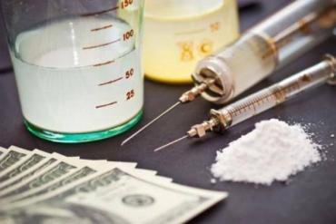 Виноградівська поліція покривала діяльність наркоділків