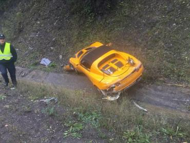 Франківський Lotus Elise вилетів у кювет на Закарпатті