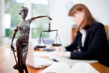 Чого тільки не можна зробити завдяки безоплатній правовій допомозі?