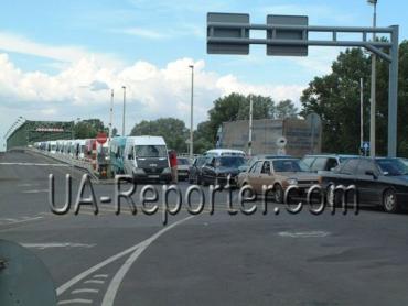 На автомобильном переходе Загонь-Чоп будет перекрыта граница