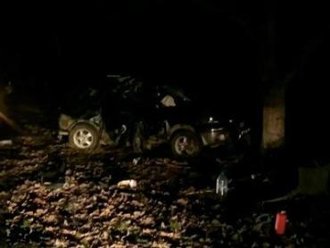 На Закарпатье джип влетел в дерево: Трое погибших, двое в тяжелом состоянии