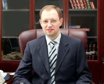 Кандидат в Президенти Арсеній Яценюк