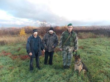 В нескольких метрах от границы Закарпатья задержали двух нелегалов