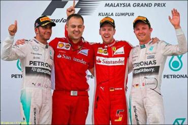 Себастьян Феттель выигрывает гонку на Гран При Малайзии