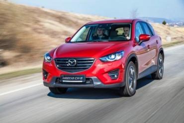 Журналистам удалось протестировать два автомобиля из модельной линейки Mazda