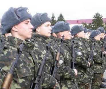 У 128 бригаді виконують стрільби зі стрілецької зброї
