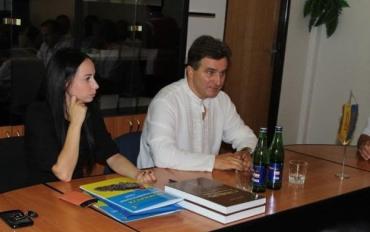 На встрече в Центре культур национальных меньшинств Закарпатья в Ужгороде