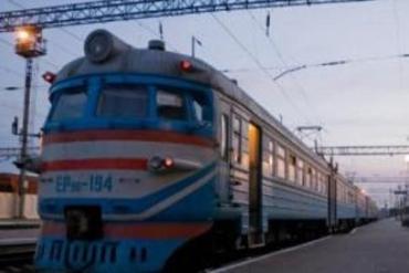 Закарпатцы стали заложниками поломанного электропоезда Сянки-Мукачево